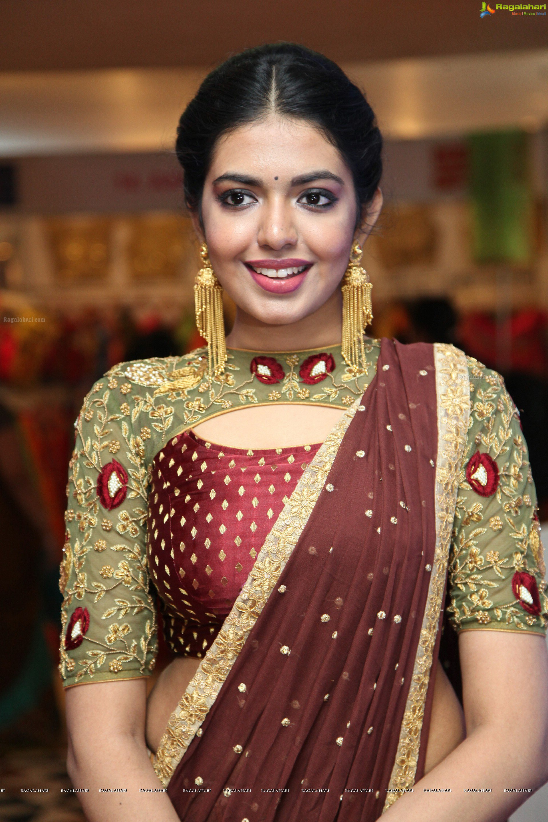 shivani-rajasekhar-trendz-hd-photos5
