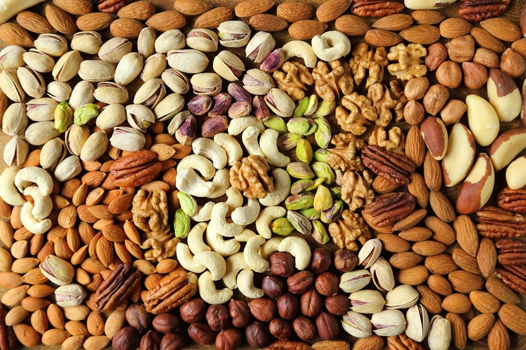 A-Handful-Of-These-Nuts-Each-Day-Could-Lower-Your-Cholesterol_407297545_Krzysztof-Slusarczyk-1024x683