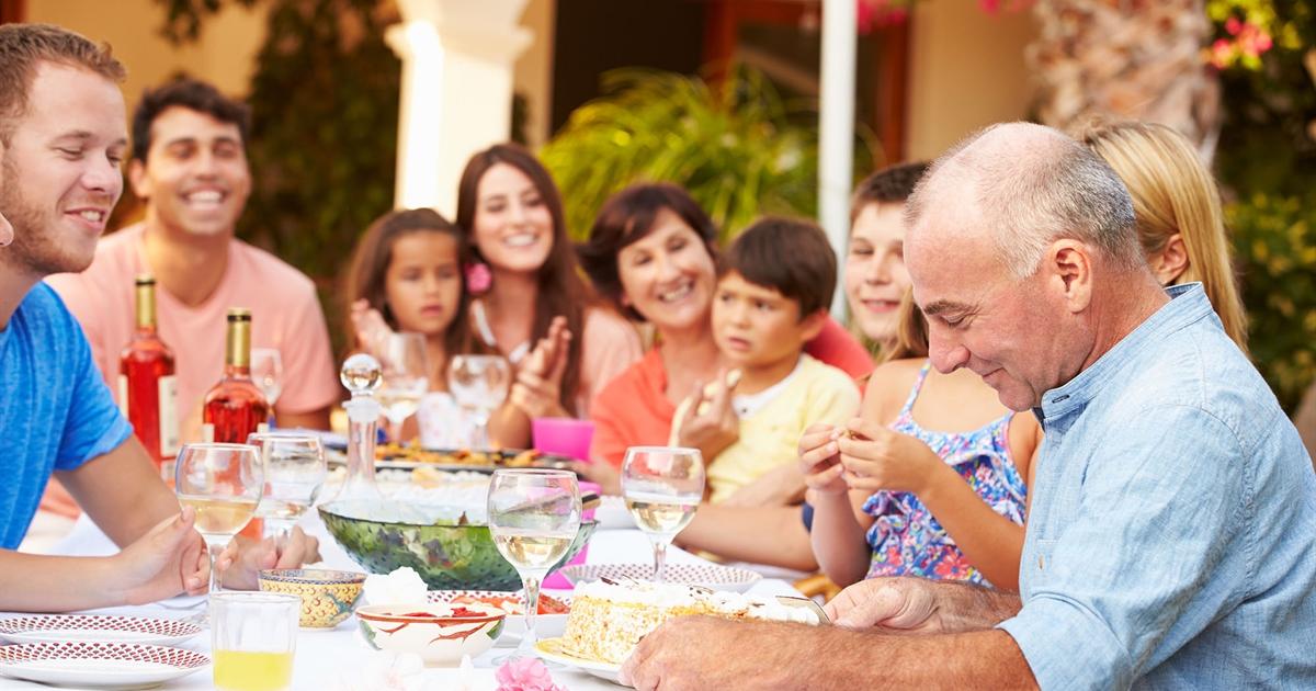 -media-6449-family-birthday.CACHE-1200x630-crop