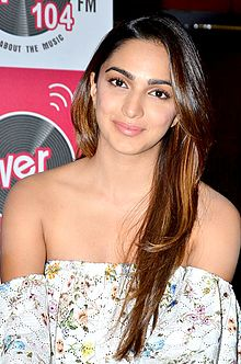 Kiara_Advani_in_promotion_of_'M.S._Dhoni_(01)
