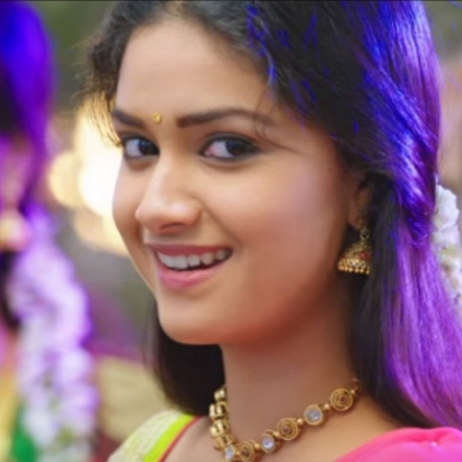 keerthy-suresh-on-the-response-of-her-film-rajini-murugan-photos-pictures-stills-2