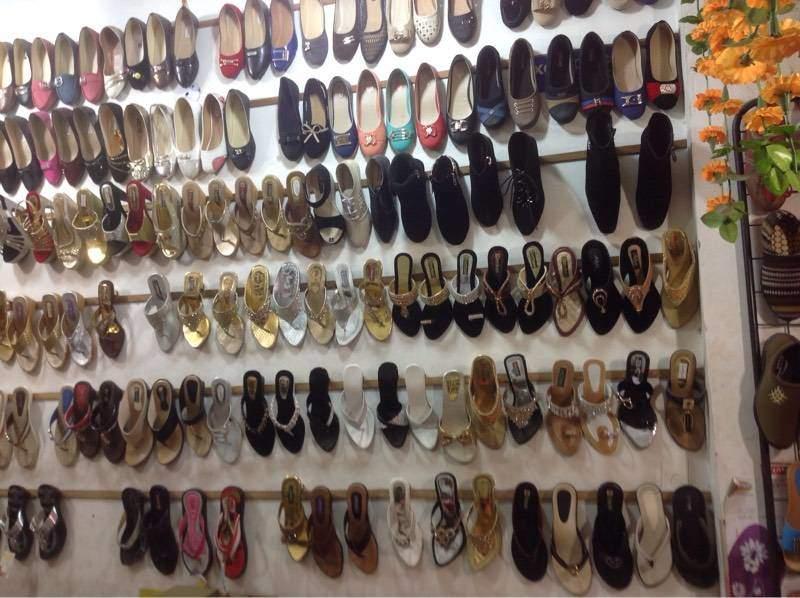 fancy-ladies-chappal-laxmi-nagar-delhi-shoe-dealers-395h1zn