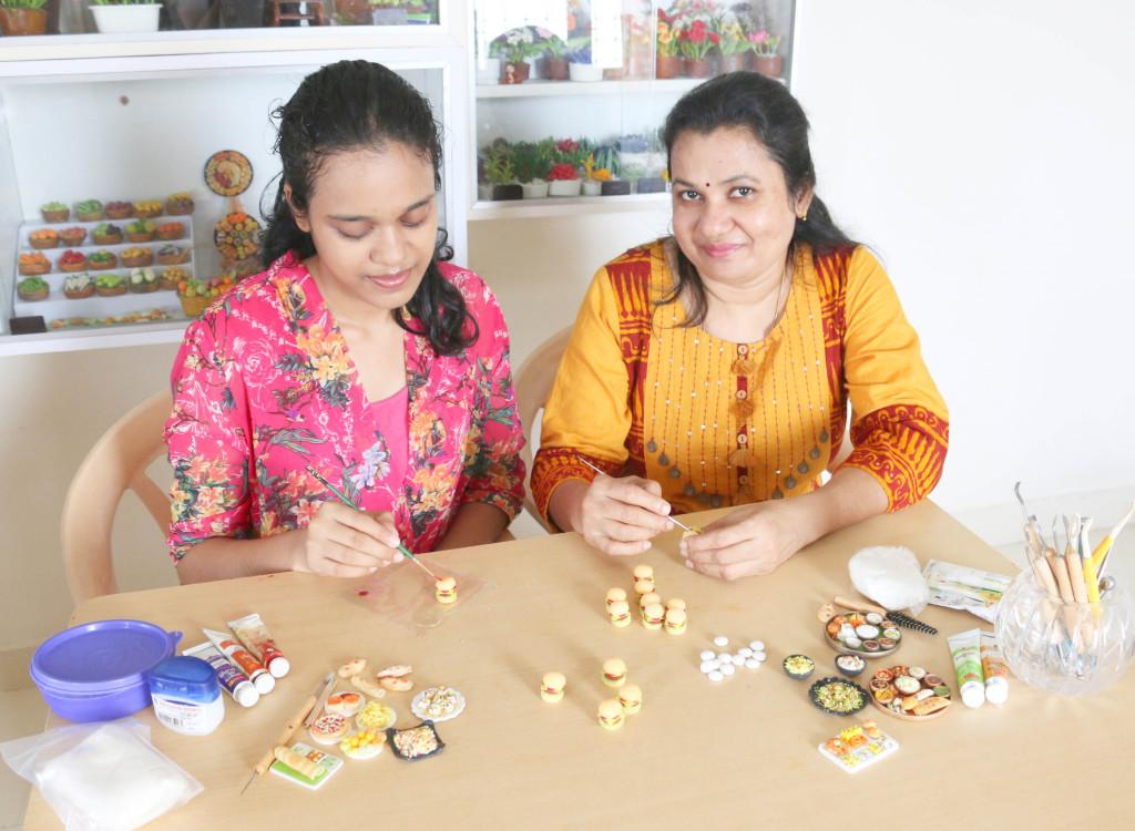 miniaturists-sudha-and-neha-6