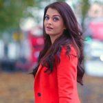 ఏ దిల్ హై ముష్కిల్ సినిమాలో ఐశ్వర్య రాయి ని చుస్తే ఆమెకు 43 సంవత్సరాలంటే నమ్మాలనిపించదు. ఇవ్వాల్టికీ ఆమెను ప్రపంచ సుందరీ అనే పిలవచ్చు. అంత అందంగా వుంది. ఆమె ఎప్పుడూ ప్రత్యేకమే. పెప్సీ కి కోక్ కి నటించిన ఏకైక మహిళా మోడల్ ఐశ్వర్యనే. ఆమెకు ఆభరణాలంటే అస్సలు ఇష్టం ఉండదట. ఐశ్వర్య లాంటి బార్బీ డాల్స్ ను 2005 లో విడుదల చేస్తే మార్కెట్ లోకి వచ్చిన నిమిషాల్లో అమ్ముడైపోయాయట. కొత్తగా సినిమాల్లోకి వచ్చినప్పుడు డబ్బింగ్ చెప్పే అవకాశం వచ్చినా వద్దందిట ఐశ్వర్య. ఐశ్వర్య జార్జ్ బుష్ తో పాటు విందుకు రమ్మని అమీర్ ఖాన్ తో పాటు ఐశ్వర్య కి ఆహ్వానం అందినా ఎదో షూటింగ్ కోసం ఆ అవకాశం వదులుకొందిట. ఓప్రా విన్ ఫ్రె షో లో పాల్గొన్న తోలి భారతీయ ప్రముఖురాలు ఐశ్వర్య. మేడమ్ టుస్సాట్స్ మ్యూజియం లో స్థానం సంపాదించినా తొలిభారతీయ నటి ఐశ్వర్య ఇంత అందాల బొమ్మ నటిస్తే ఏ దిల్ హై ముష్కిల్ బాక్సాఫీస్ బద్దలు కొడితే ఆశ్చర్యం ఏముంది?